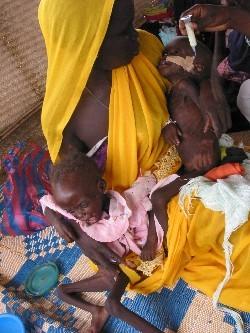 1316_MSF_Darfur_Kalma_28SEP04.jpg