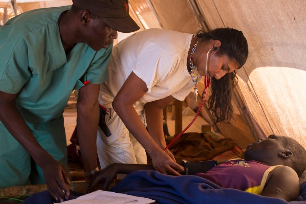 I Sudan fokuserer vi på at hjælpe mennesker i fjerntliggende egne, hvor der er dårlig adgang til sundhedspleje. Vi tager os også af mennesker, som er påvirket af konflikt, sygdomsudbrud og naturkatastrofer.