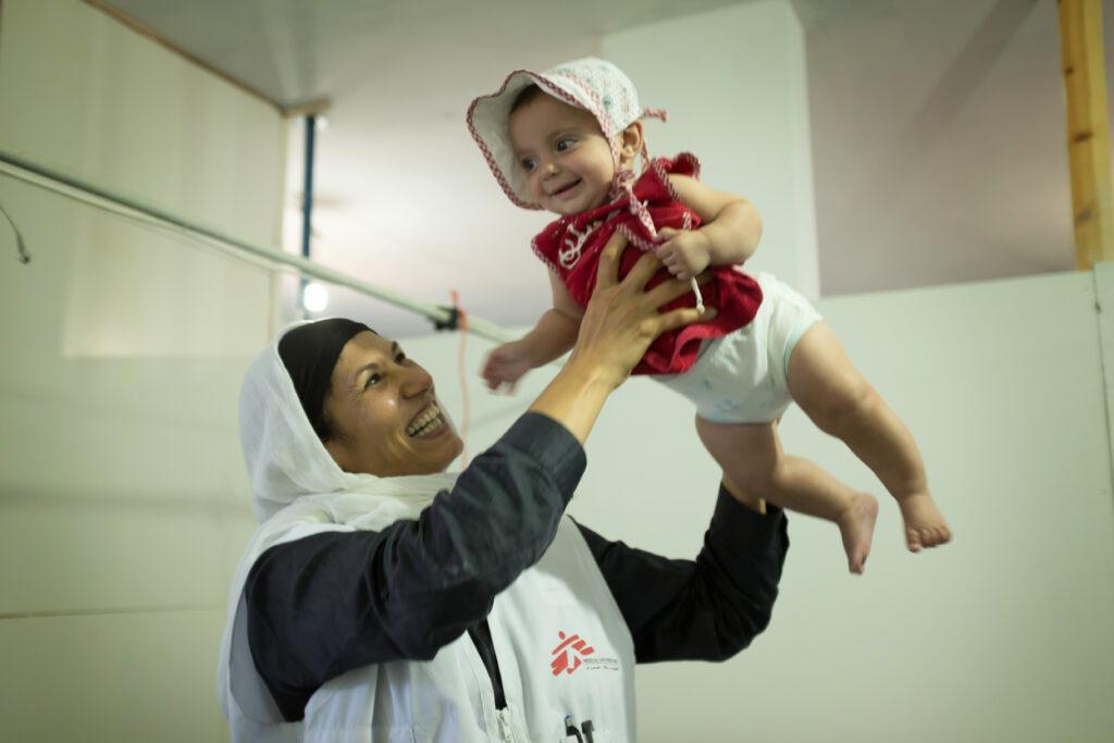 Læger uden Grænser giver fødselshjælp